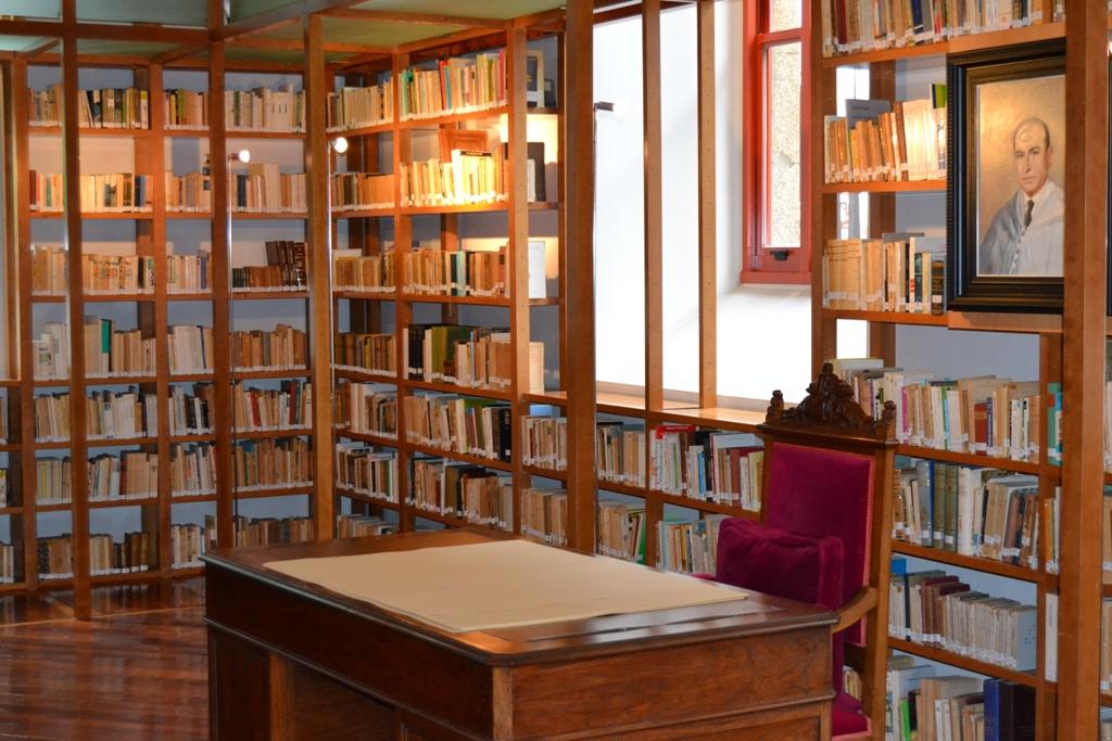 BibliotecaCarballo Calero1